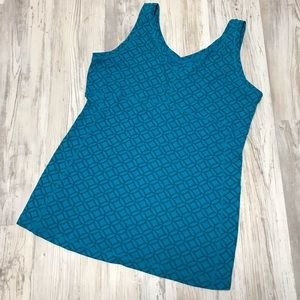 Lucy Semi-Fitted Workout Tank XL